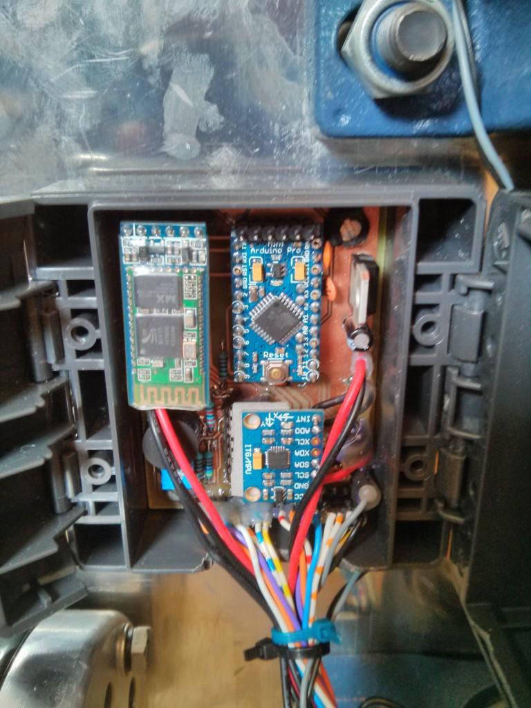 Установка электроники в корпус