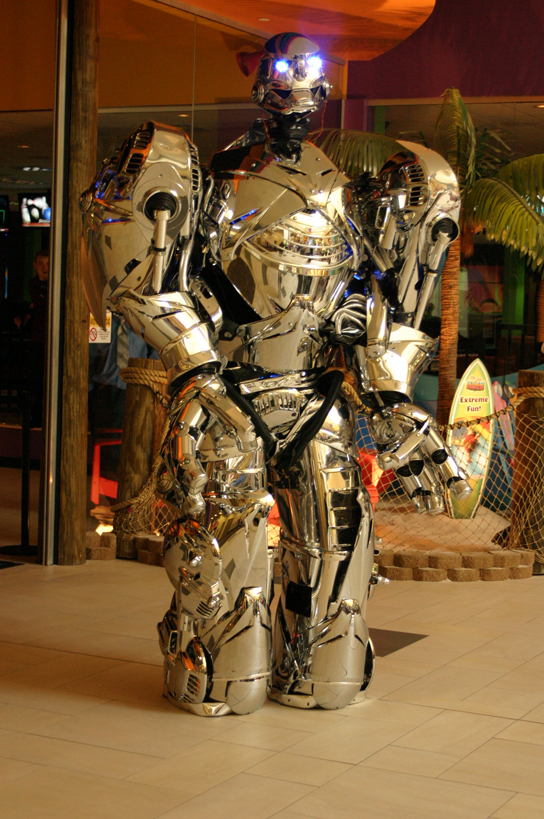 робот-артист-роботрон1